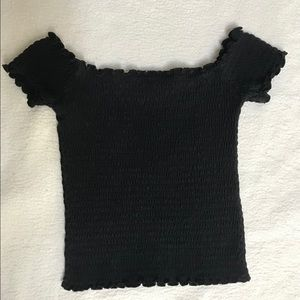 Ribbed off the shoulder crop top!